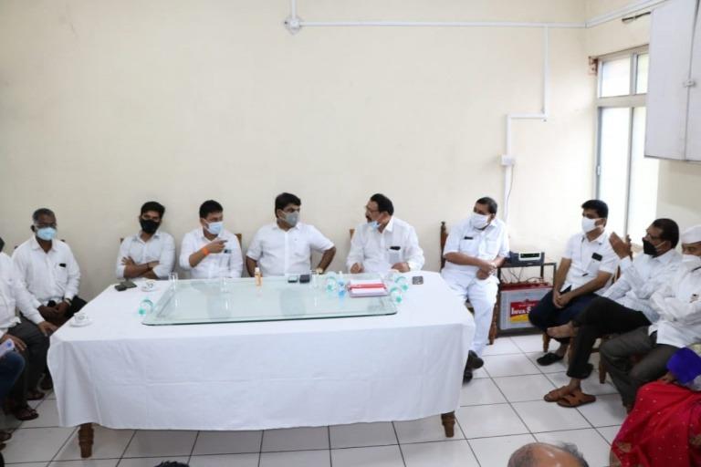 कोरोनाच्या पार्श्वभूमीवर राधानगरी तालुक्यातील कोरोना सद्यपरिस्थिती व प्रतिबंधात्मक उपाययोजनाबाबतआढावा बैठक